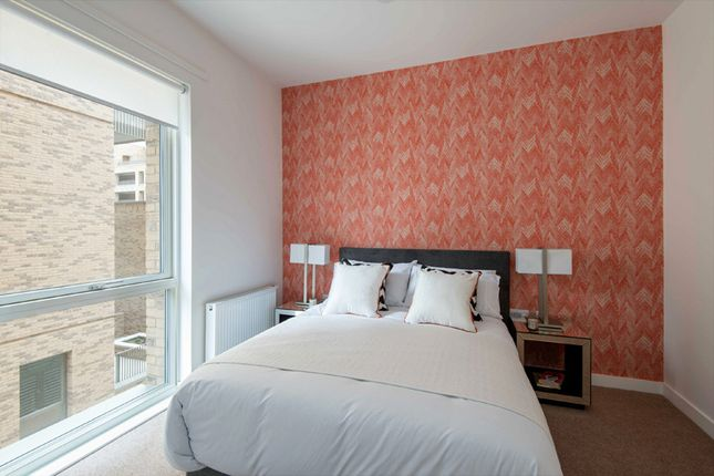 3 bedroom flat for sale in Northgate Road, Barking