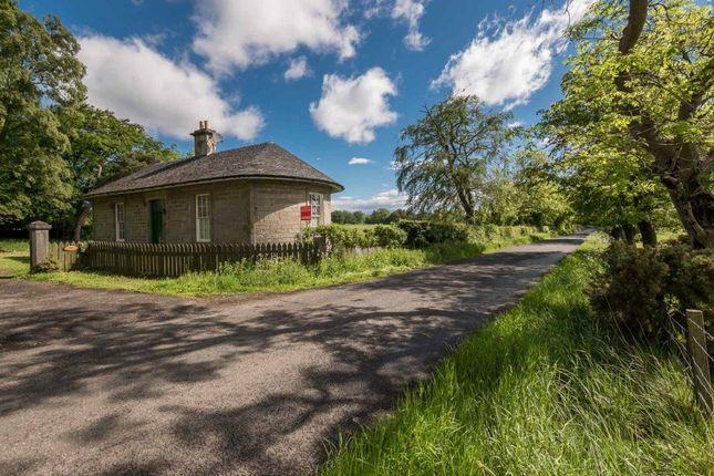 Thumbnail Bungalow to rent in Glenbrook Road, Balerno