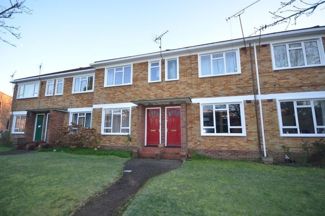 Thumbnail Flat to rent in Abbey Court, Camberley