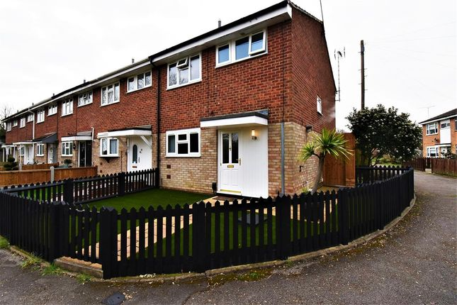 3 bed end terrace house to rent in Broadhope Avenue, Stanford-Le-Hope SS17