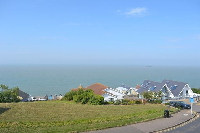 Thumbnail Flat to rent in Hampton Heights, Herne Bay, Kent