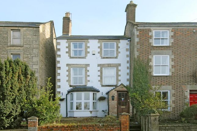Thumbnail Town house for sale in West End, Chipping Norton