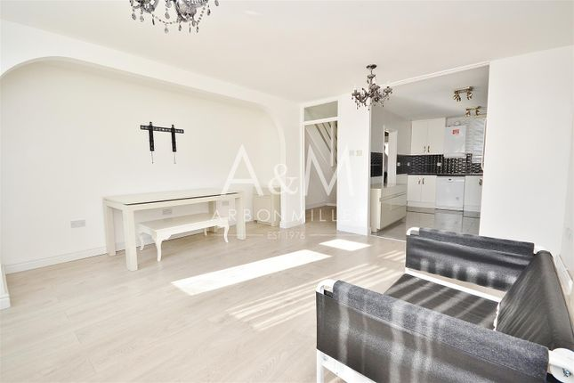 Thumbnail Terraced house to rent in Covert Road, Ilford