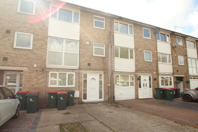 Thumbnail Terraced house to rent in Weald Drive, Crawley