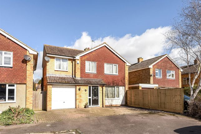 Thumbnail Detached house for sale in Vicarage Close, Grove, Wantage