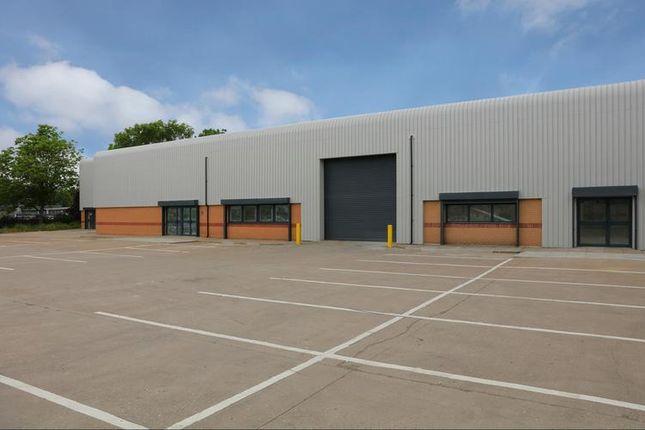 Thumbnail Industrial to let in Unit 2 Blenheim Trade Centre, Blenheim Road, Epsom