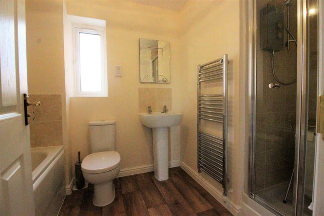 Bathroom of Hewlett Place, St Andrews Ridge, Swindon SN25