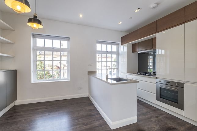 Thumbnail Duplex to rent in Palmerston Road, London