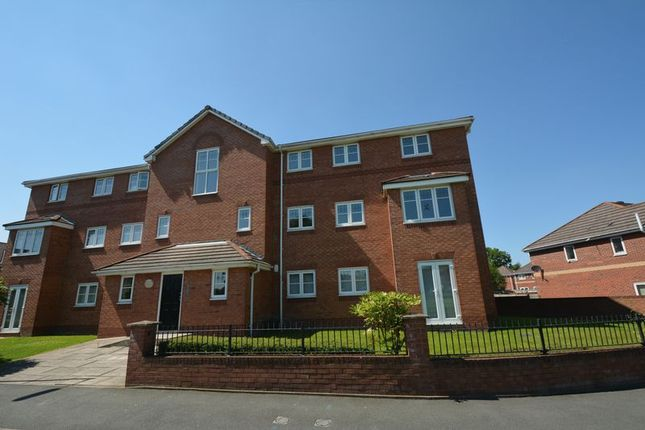 Thumbnail Flat to rent in Livingston Avenue, Woodhouse Park, Manchester