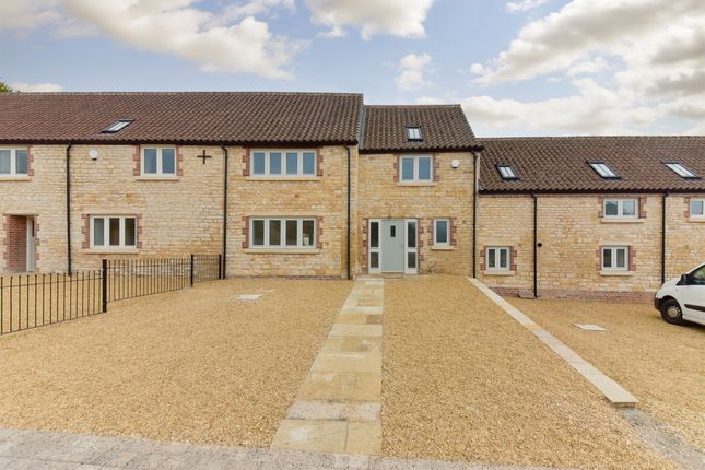 Thumbnail Barn conversion for sale in Earls Place, Harrowby, Grantham
