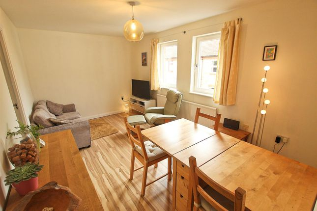 Flat for sale in Minerva Way, Cambridge