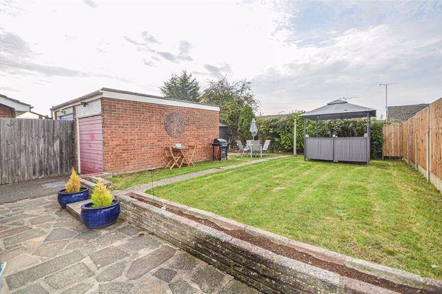 Avon Close, Rochford, Essex SS4