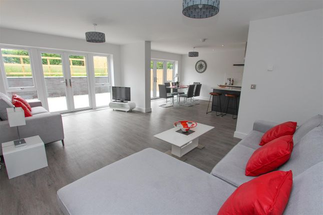 Thumbnail Property for sale in Stowte Close, Longwell Green, Bristol