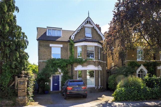 Flat for sale in Mortlake Road, Kew, Surrey