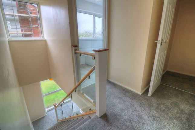 Photo 14 of Rees Drive, Wombourne, Wolverhampton WV5