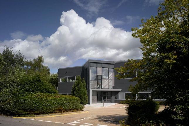 Office to let in Third, Globe Park, Marlow