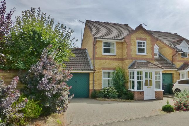 Thumbnail Property to rent in Foxfield Way, Oakham