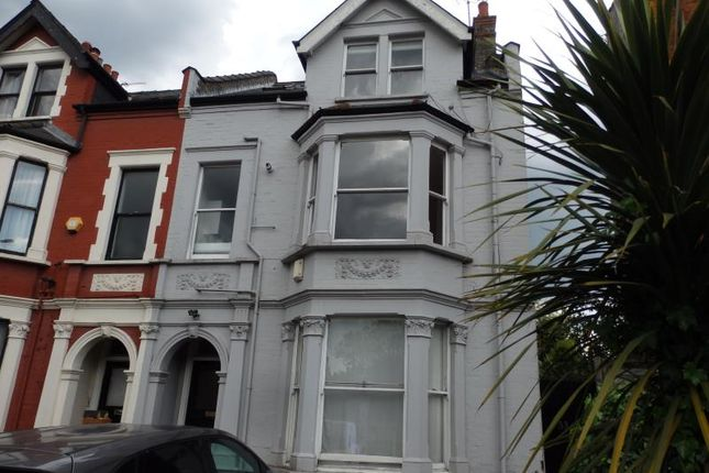 Thumbnail Flat to rent in Church Lane, Crouch End