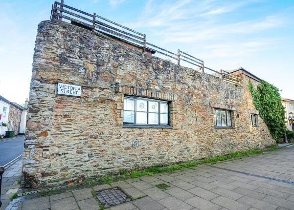 Thumbnail Flat for sale in Victoria Street, Totnes, Devon