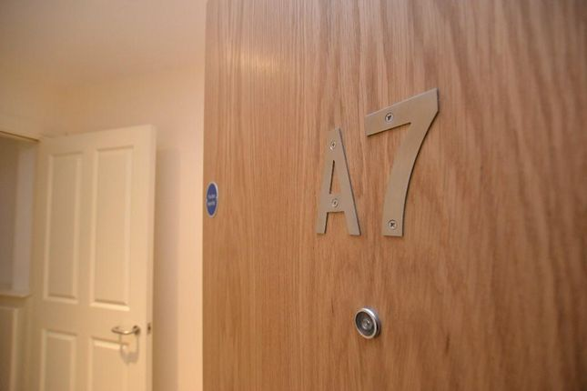 Thumbnail Flat for sale in Apt, Mawdesley