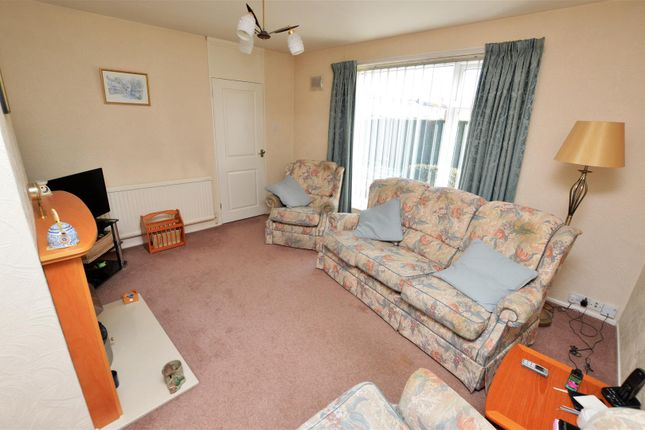 Lounge of St. Marys Crescent, East Leake, Loughborough LE12