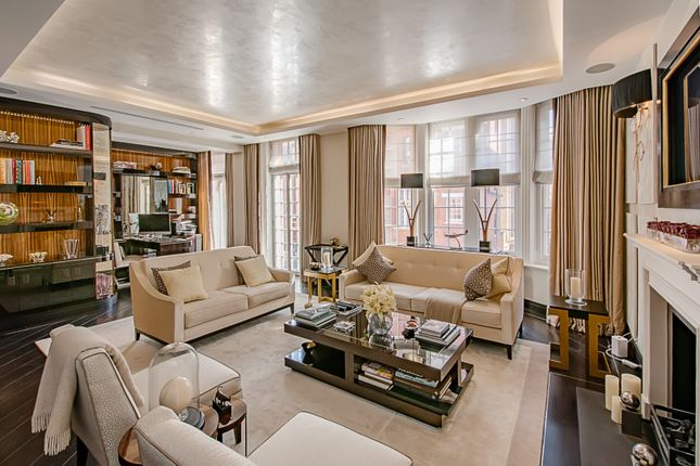 Thumbnail Flat for sale in Hans Crescent, London