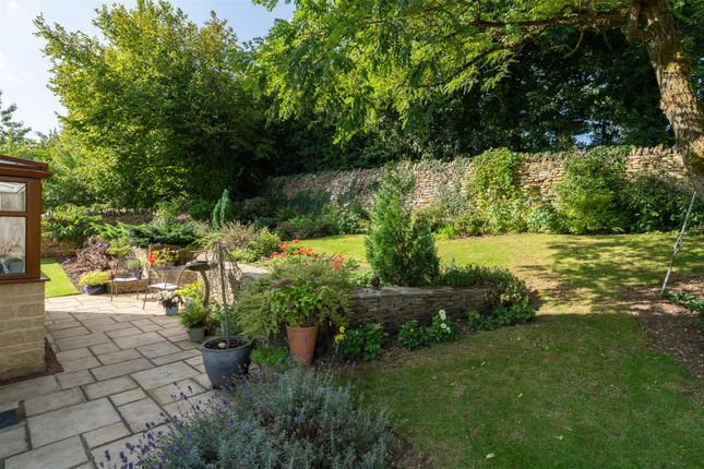 Garden V2 of Orchard Rise, Longborough, Gloucestershire GL56