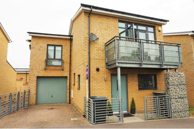 Thumbnail Detached house for sale in Park Lane, Greenhithe