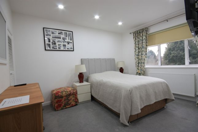 Thumbnail Room to rent in Brassie Avenue, East Acton