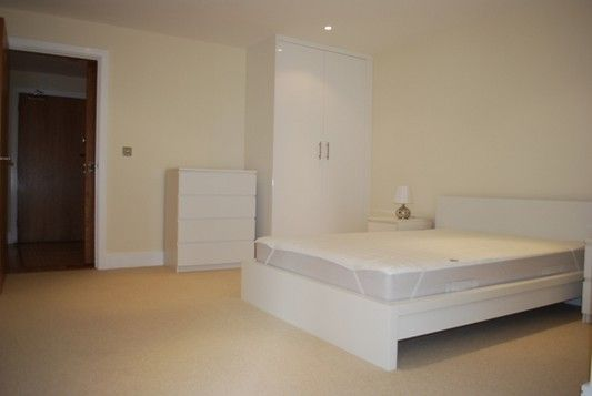 Bedroom of Cobalt Point, Lanterns Court, Canary Wharf E14