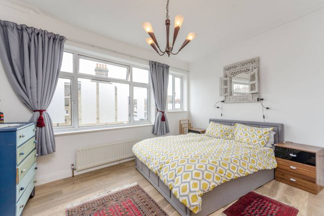 Thumbnail Terraced house to rent in Avening Road, Southfields