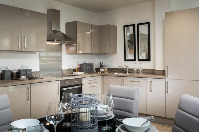2 bedroom flat for sale in So Resi Addlestone, Station Road, Addlestone