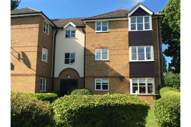 2 bed flat for sale in Chagny Close, Letchworth Garden City