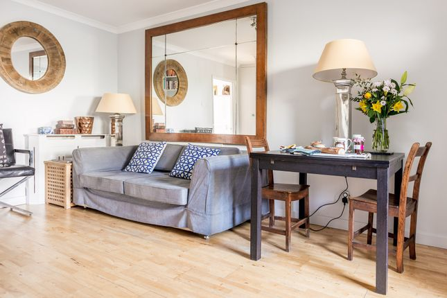 Thumbnail Flat to rent in Bartle Road, London