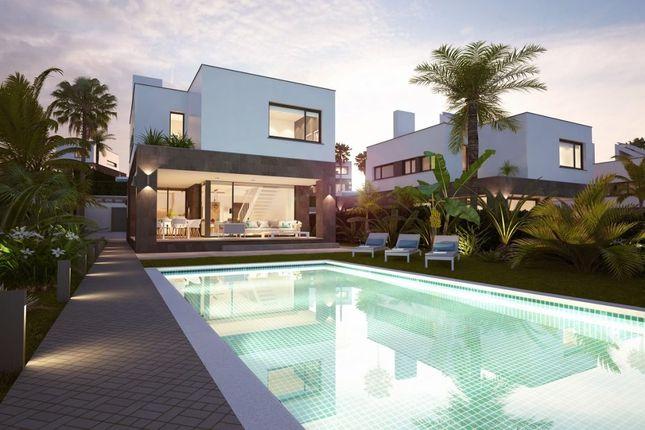 Property for sale in Bahia Las Rocas III, Arrabal Calataraje, 37, 29691 Manilva, Málaga, Spain