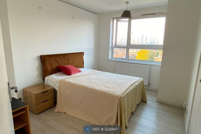 1 bed flat to rent in Topham House, London SE10