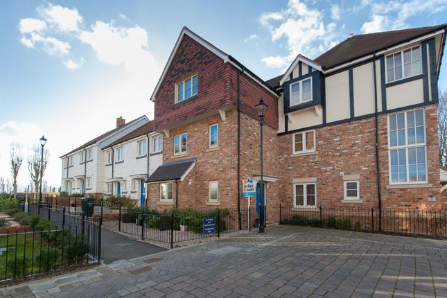 Thumbnail Town house for sale in St. Augustines Park, Westgate-On-Sea