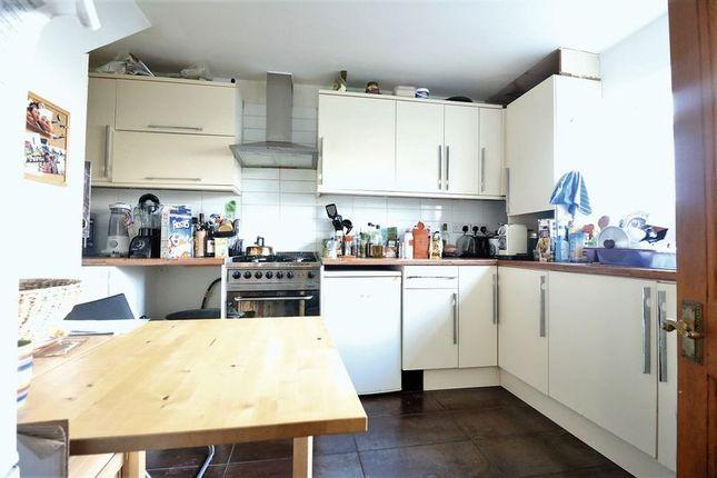 Thumbnail Property to rent in Ellsworth Street, London