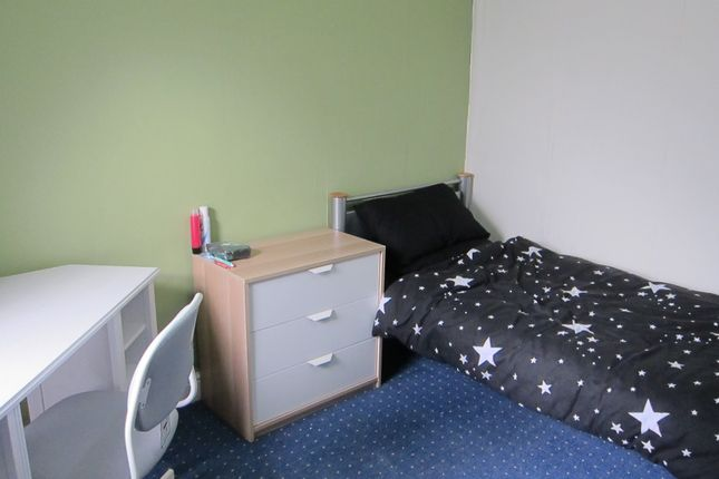 Thumbnail Shared accommodation to rent in Brook Street, Treforest, Pontypridd