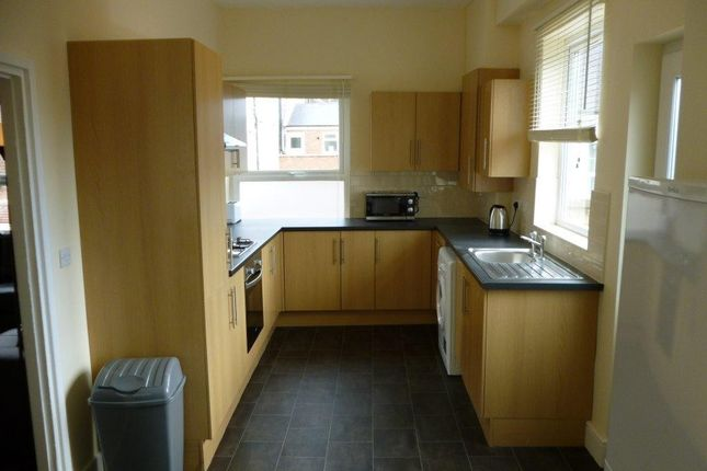 Thumbnail Property to rent in High Road, Beeston