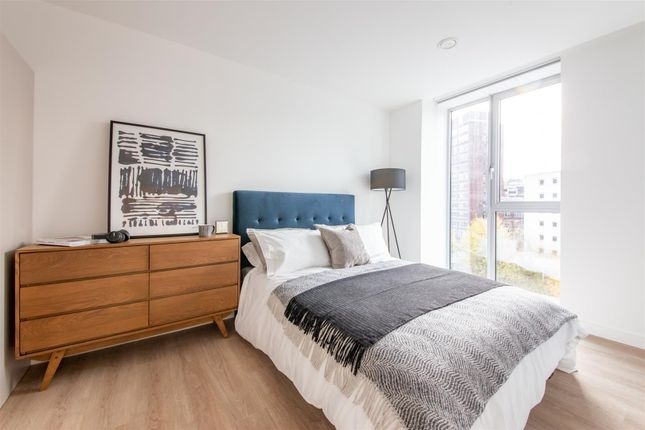 Bedroom (1) of Dearmans Place, Salford M3