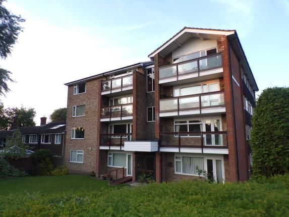 Thumbnail Flat for sale in Beechwood Court, Dunstable, Bedfordshire