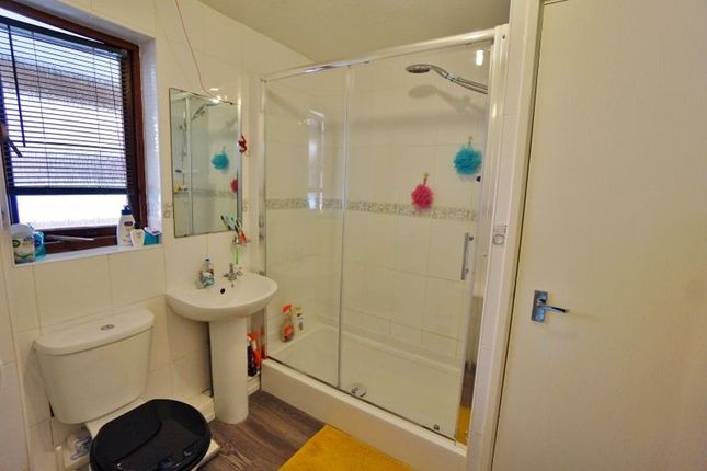 Shower Room of Oldway Road, Paignton TQ3