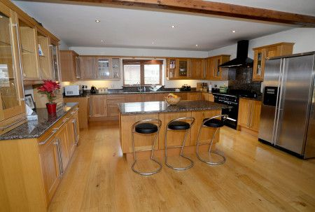 Thumbnail Property for sale in Cnap Llwyd Road, Morriston, Swansea