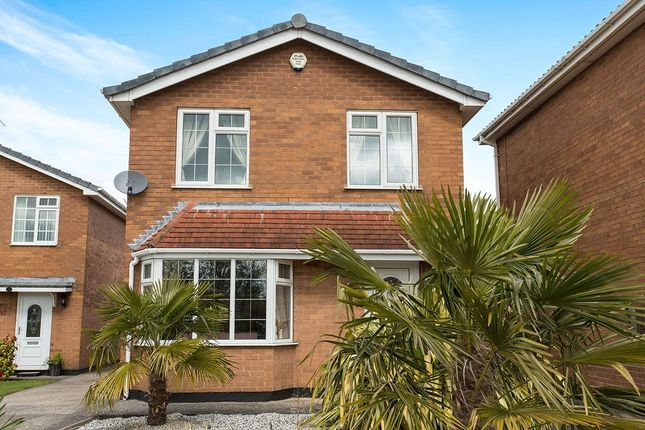 3 bed detached house for sale in Greenways, Walton, Chesterfield