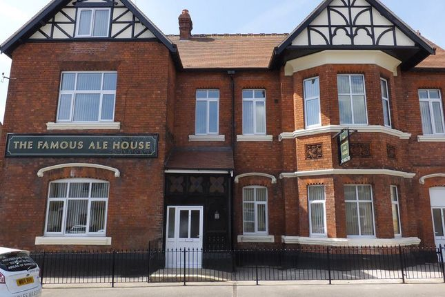 Thumbnail Property to rent in Redcliffe Street, Swindon