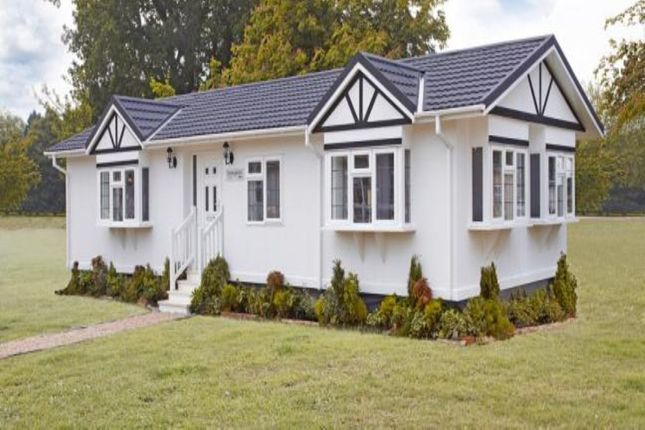 Thumbnail Bungalow for sale in Grasscroft Park Glasshouse Lane, New Whittington, Chesterfield