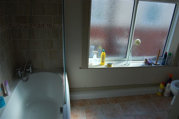 Bathroom of Clifton Drive South, St. Annes, Lytham St. Annes FY8