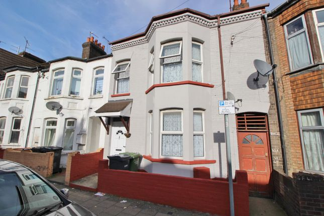 Thumbnail Terraced house for sale in Crawley Road, Luton