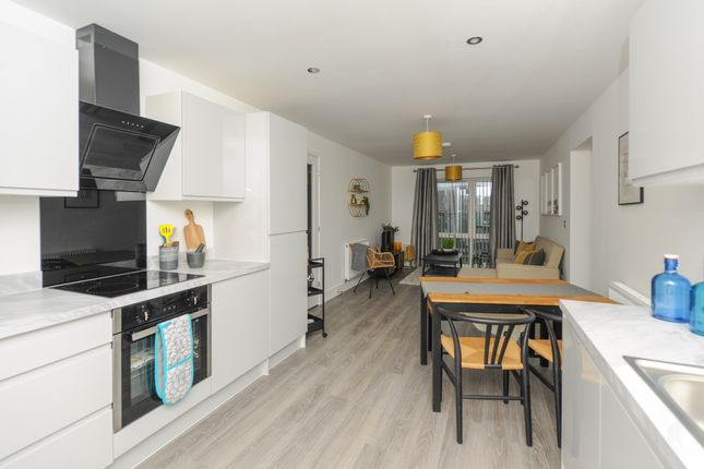 The Sunrise - Open Plan Kitchen